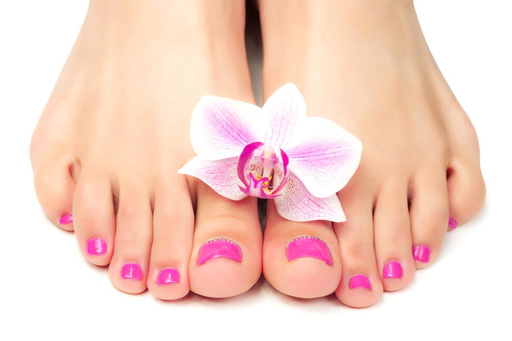 różowy pedicure kobiety